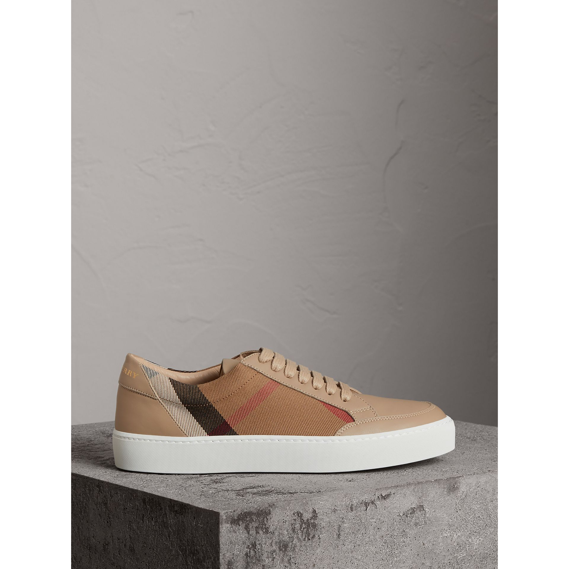 Check Detail Leather Trainers in House Check/ Nude - Women | Burberry - gallery image 3