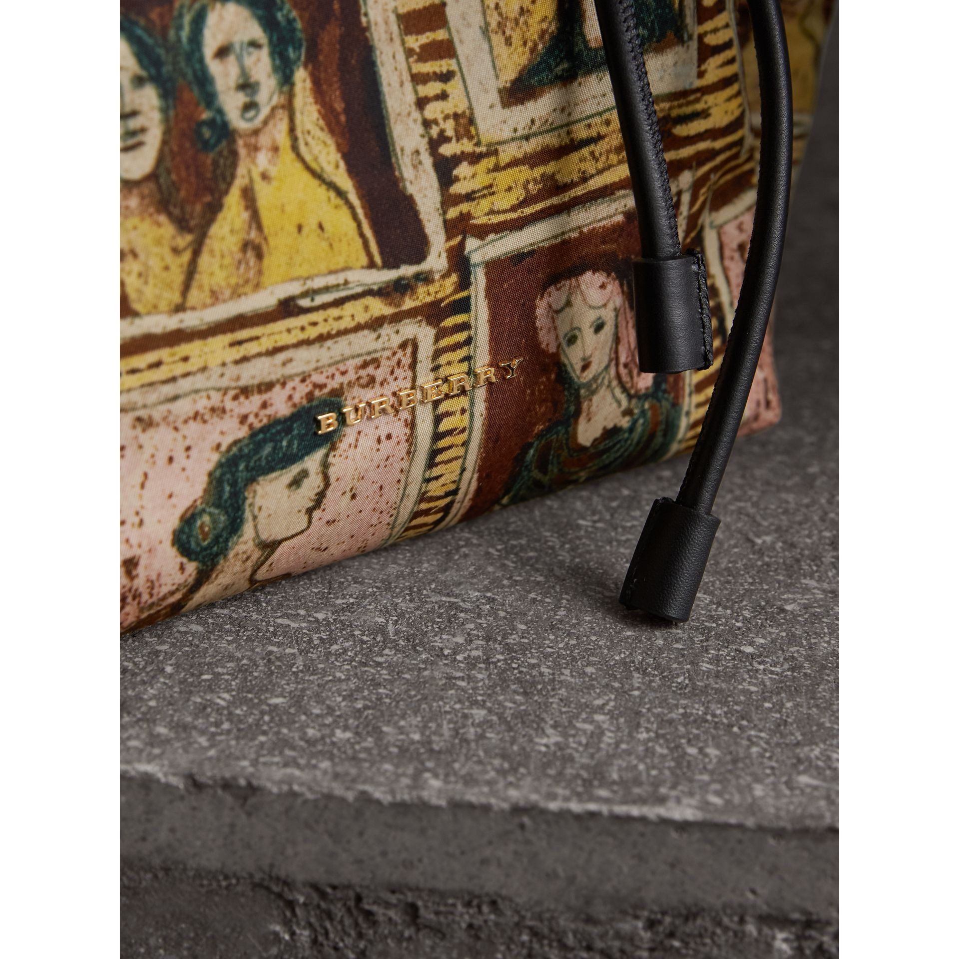 The Medium Rucksack in Framed Heads Print in Umber Brown - Women | Burberry - gallery image 2