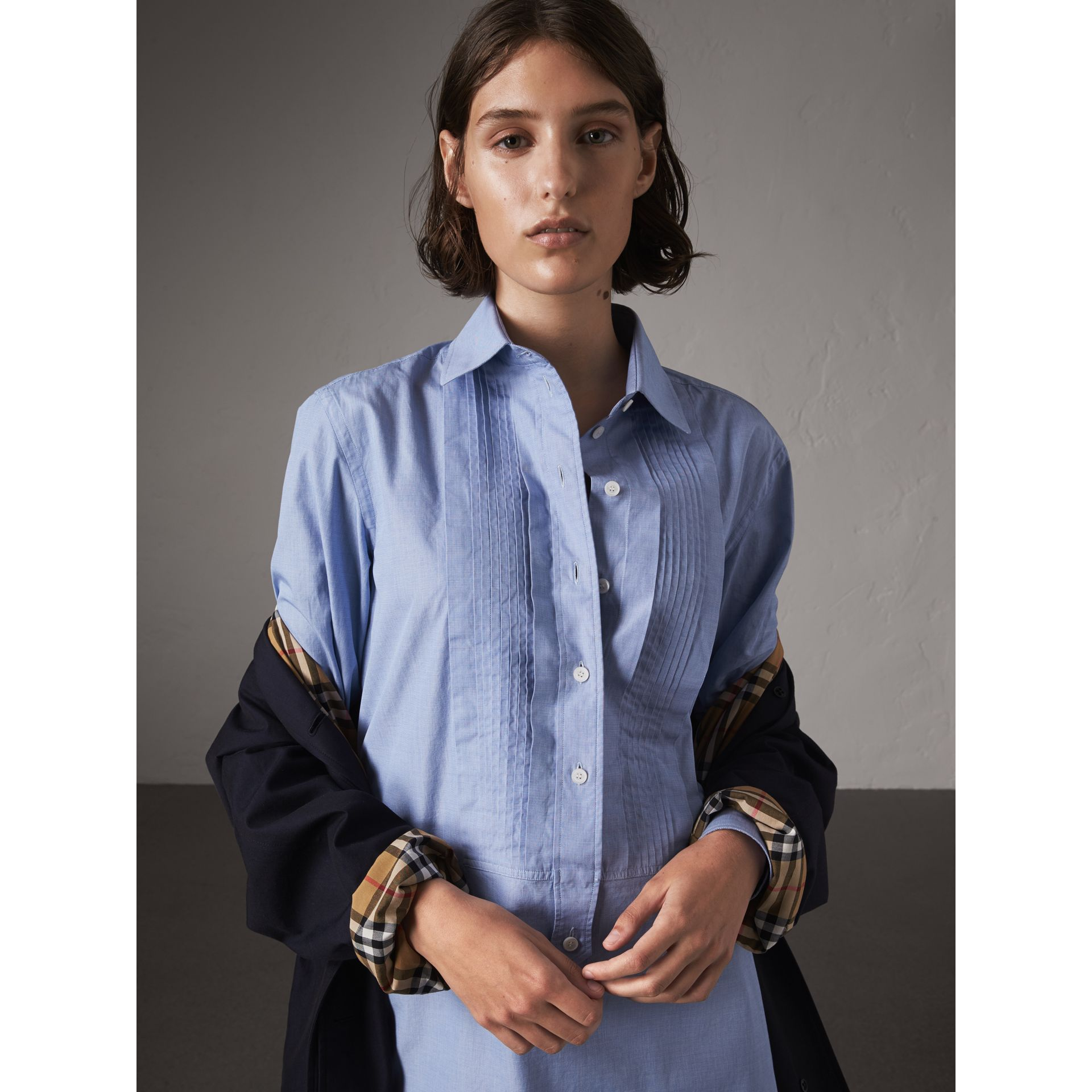 Car Coat The Camden (Bleu Carbone) - Femme | Burberry - photo de la galerie 6