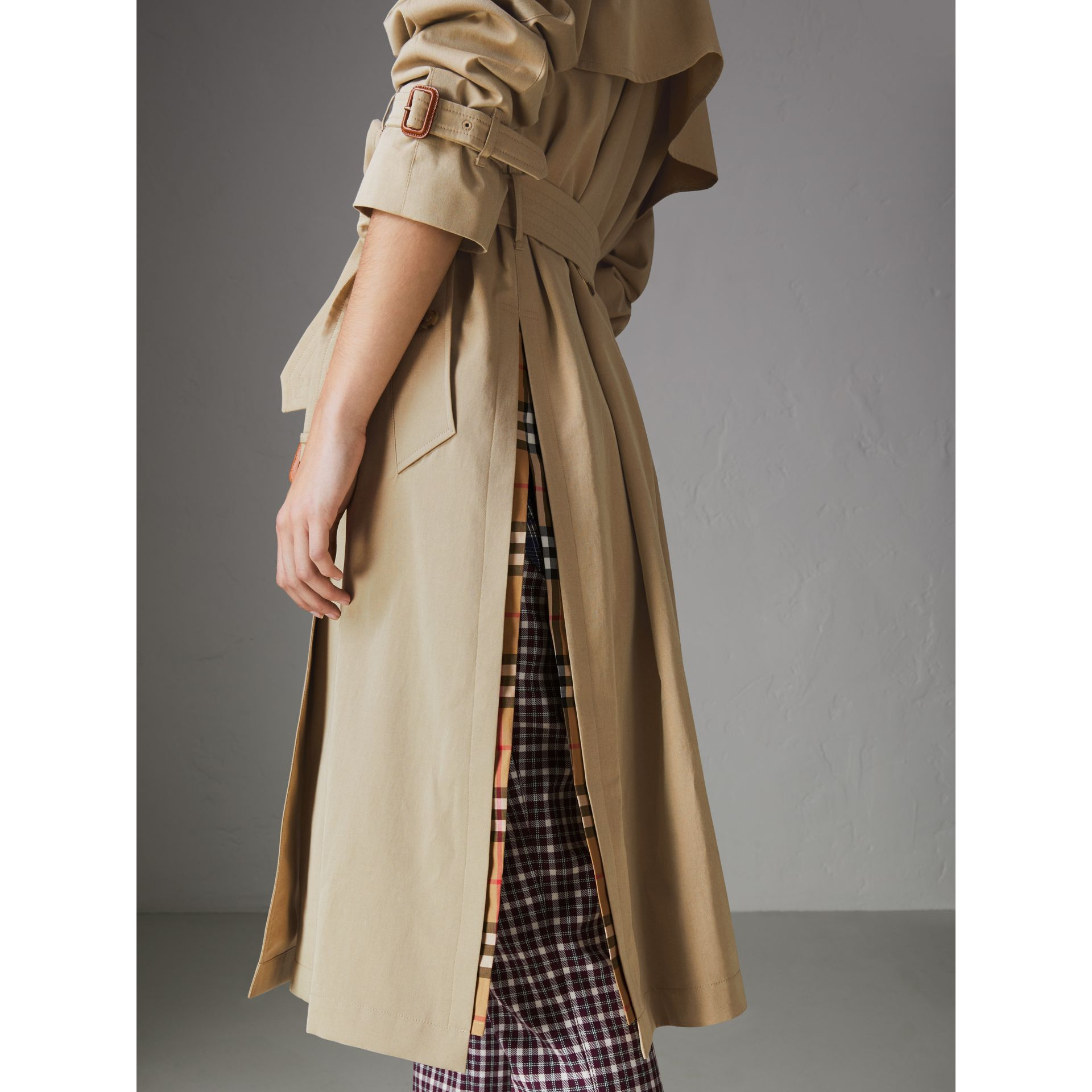 Side-slit Tropical Gabardine Trench Coat in Oatmeal - Women | Burberry United States - gallery image 5