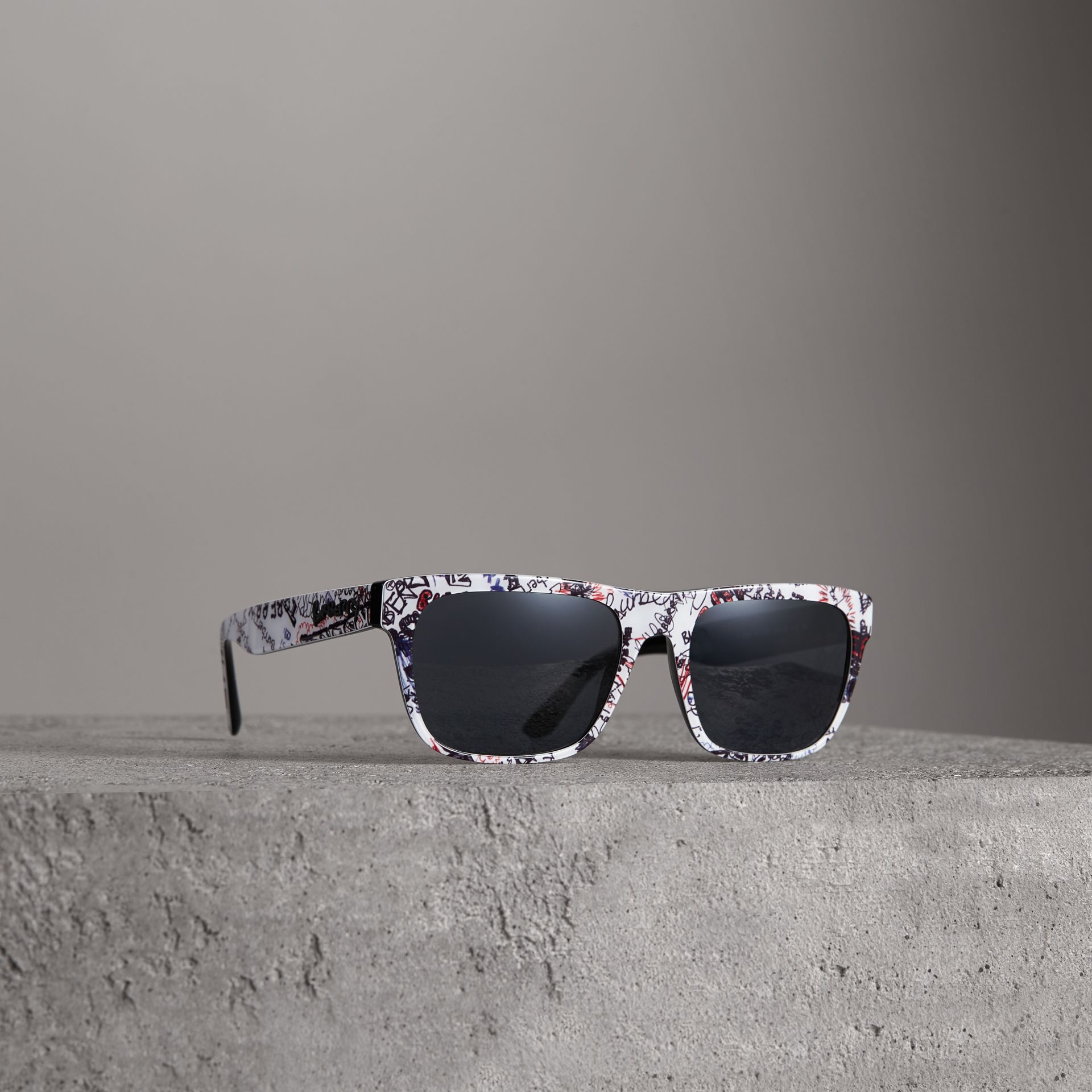 Doodle Square Frame Sunglasses in White - Men | Burberry United States - gallery image 0