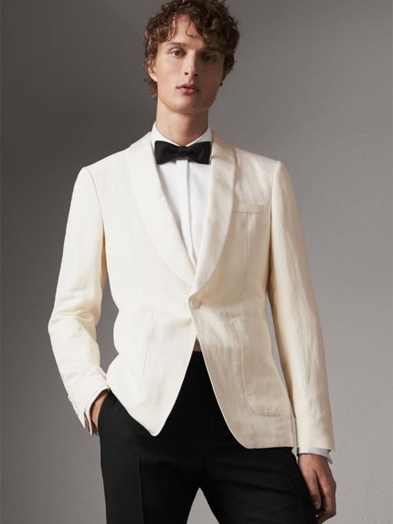 Modern Fit Shawl Lapel Linen Silk Evening Jacket in Off White