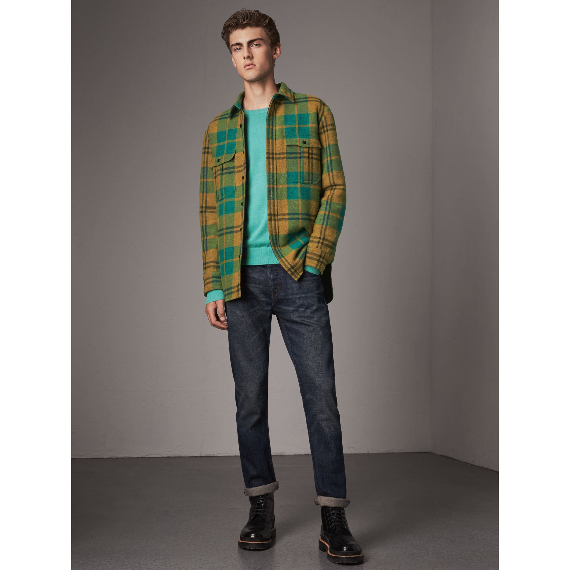 Lightweight Crew Neck Cashmere Sweater with Check Trim in Pale Jade - Men | Burberry - gallery image 5