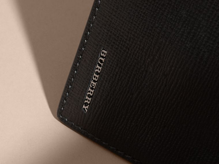 London Leather Bifold Wallet in Black | Burberry - cell image 1