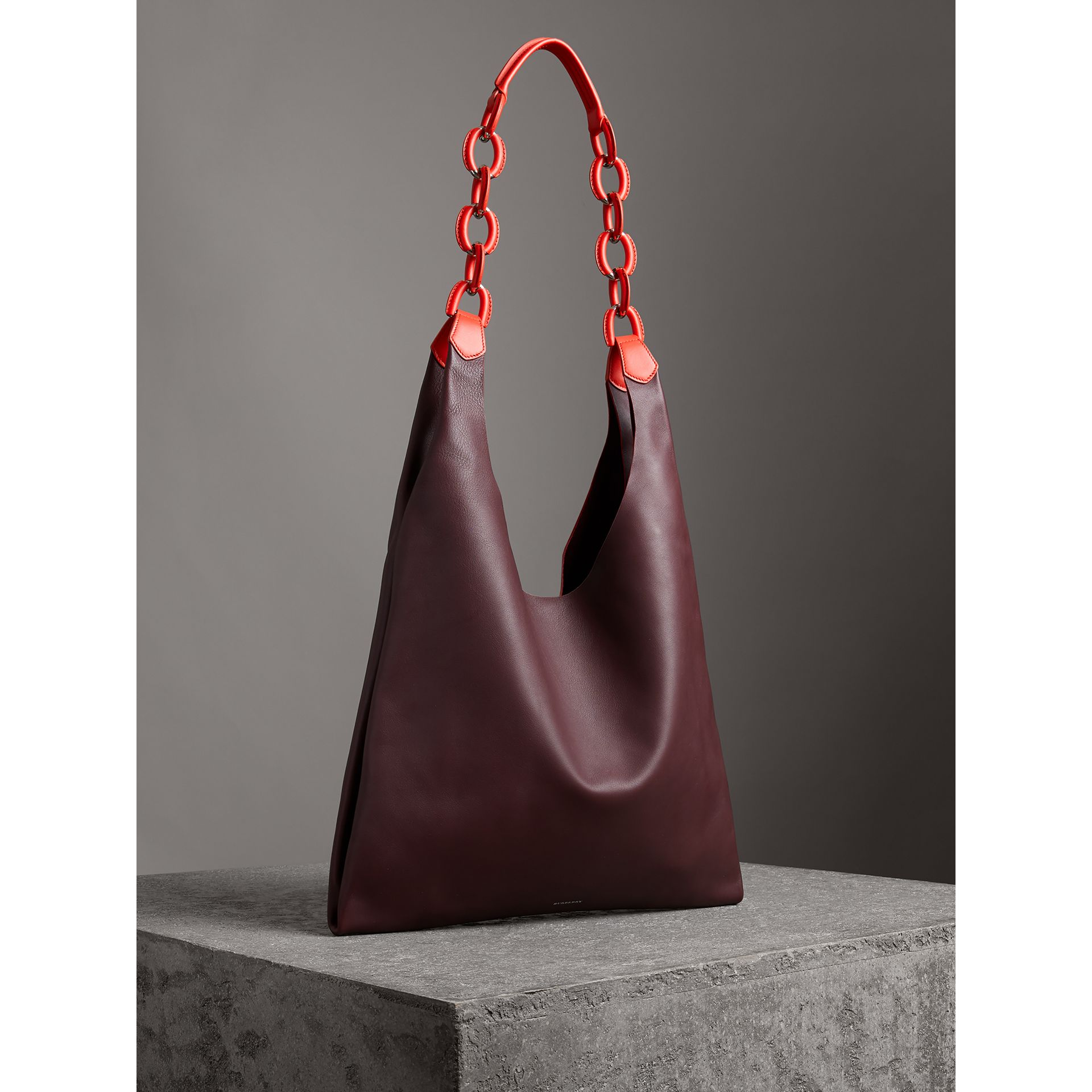 Medium Two-tone Leather Shopper in Deep Claret - Women | Burberry - gallery image 6