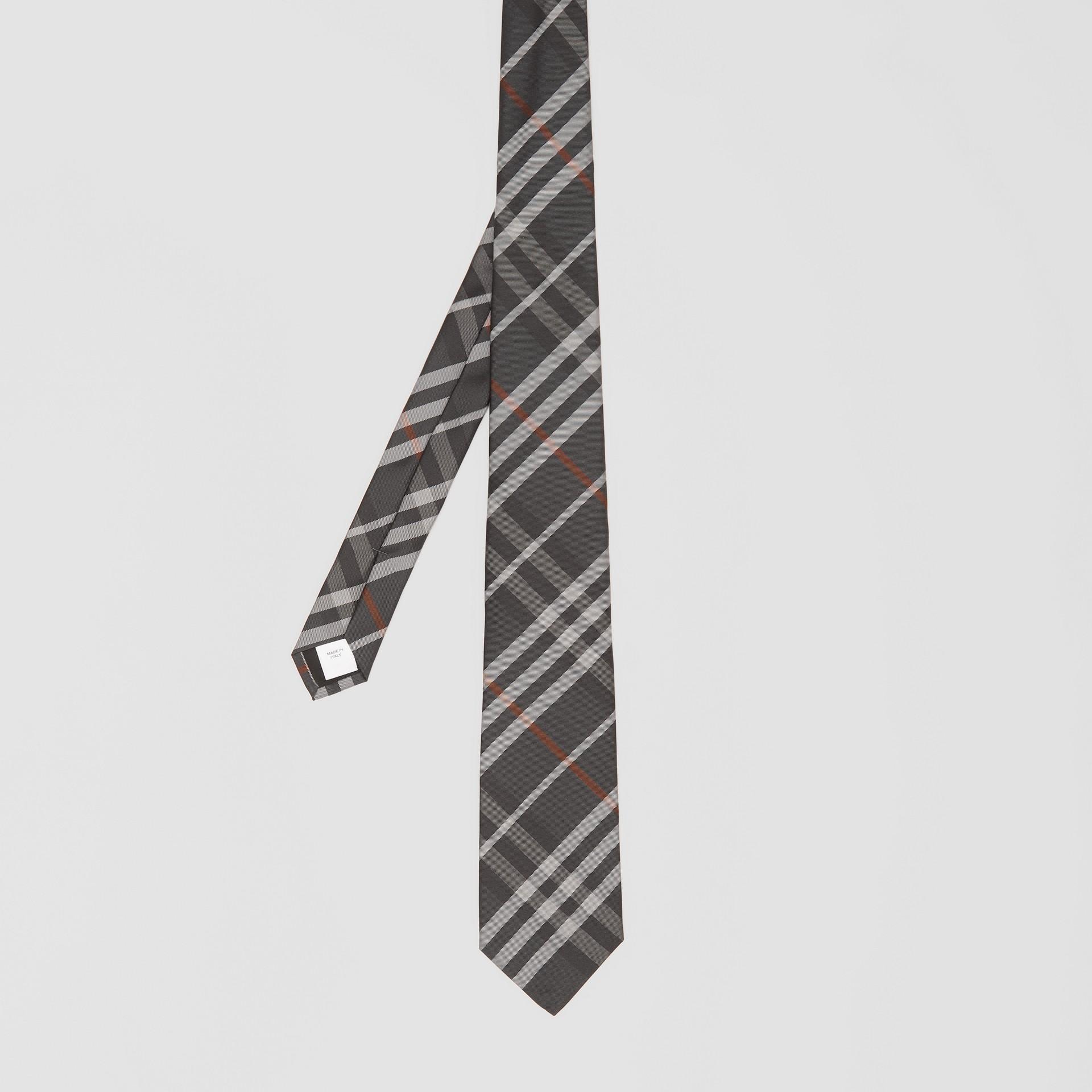 Cravate classique en soie Vintage check (Gris Acier Sombre) - Homme   Burberry Canada - photo de la galerie 4
