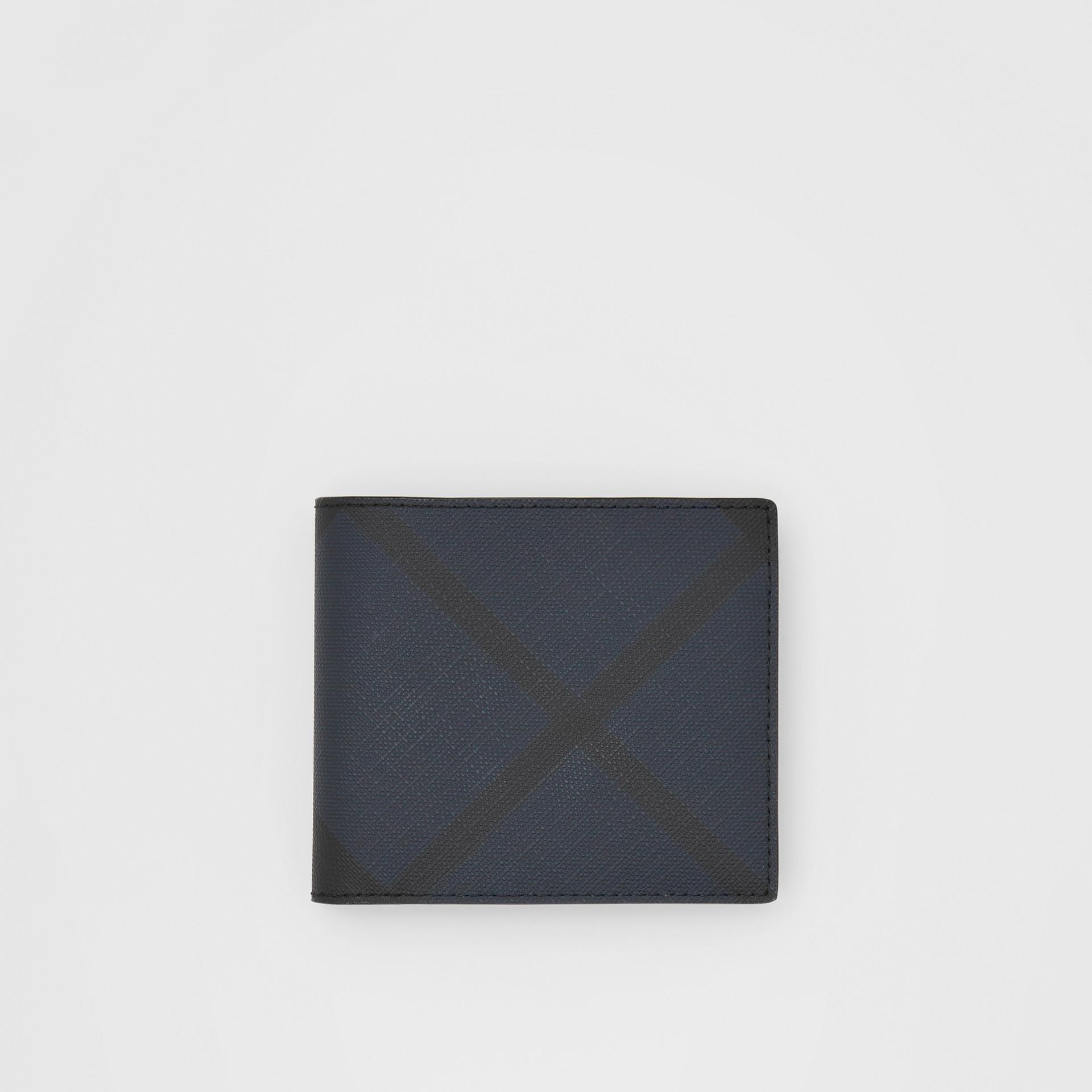 ロンドンチェック&レザー インターナショナル バイフォールドウォレット (ネイビー) - メンズ | バーバリー - ギャラリーイメージ 0