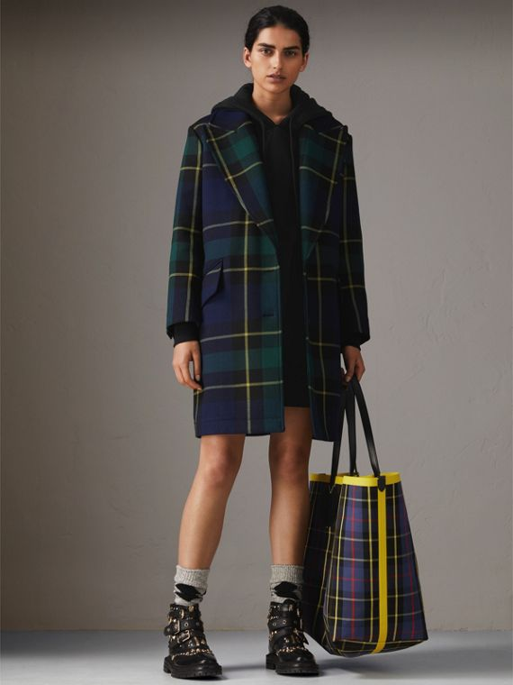 Lightweight Tartan Wool Tailored Coat in Pine Green