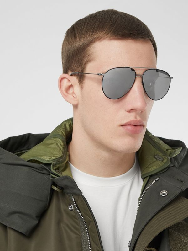 Top Bar Detail Pilot Sunglasses in Gunmetal/black - Men | Burberry United Kingdom - cell image 2