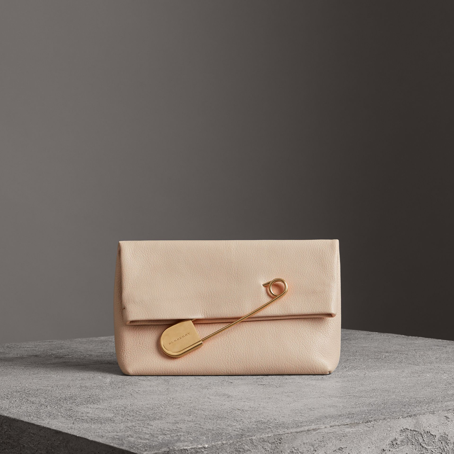 The Medium Pin Clutch in Leather in Stone - Women | Burberry Singapore - gallery image 0
