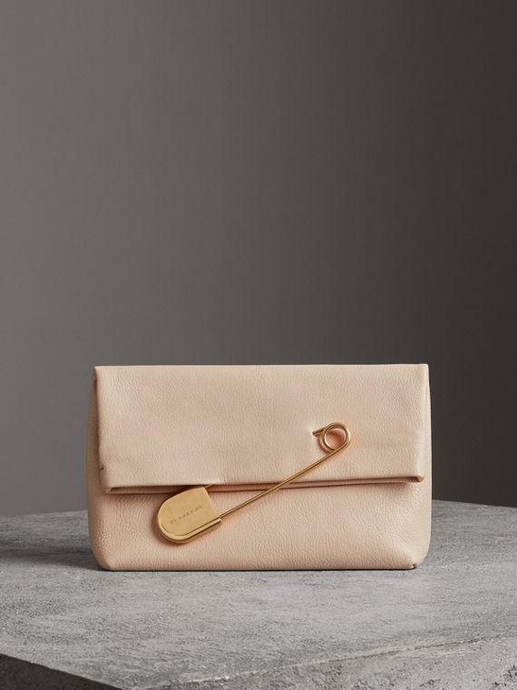 Clutch The Pin moyen en cuir (Stone)