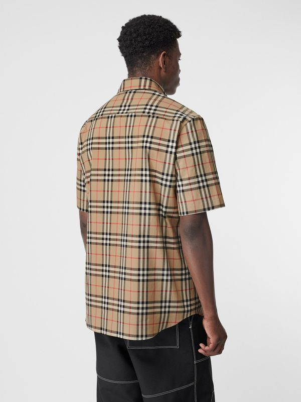 Short-sleeve Vintage Check Cotton Oversized Shirt in Archive Beige - Men | Burberry - cell image 2
