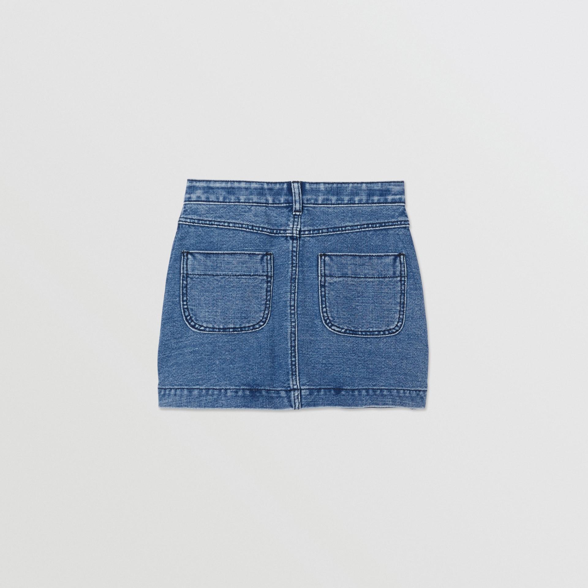 Saia de tecido jeans japonês com estampa de logotipo (Índigo) | Burberry - galeria de imagens 3