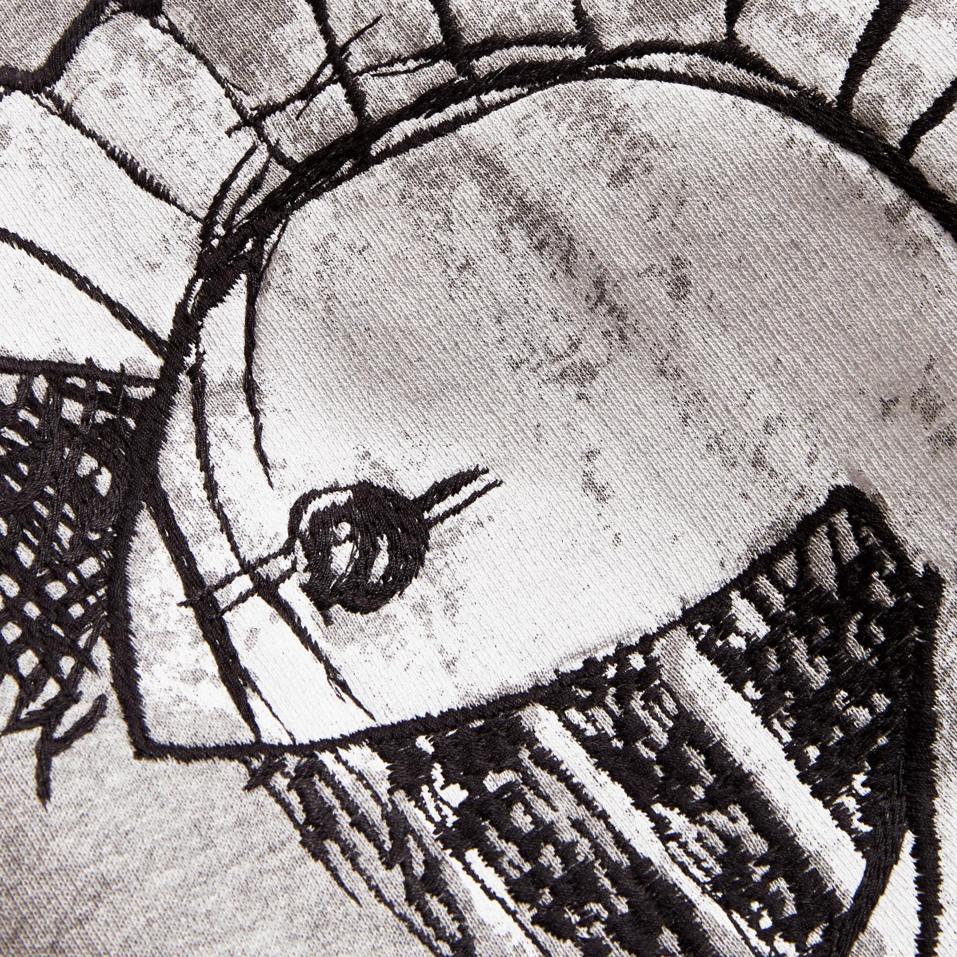 Felpa unisex con motivo Pallas Helmet - Uomo | Burberry - immagine della galleria 2