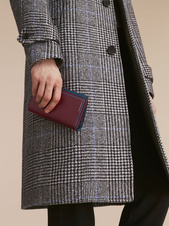 Border Detail London Leather Continental Wallet in Burgundy Red - cell image 2