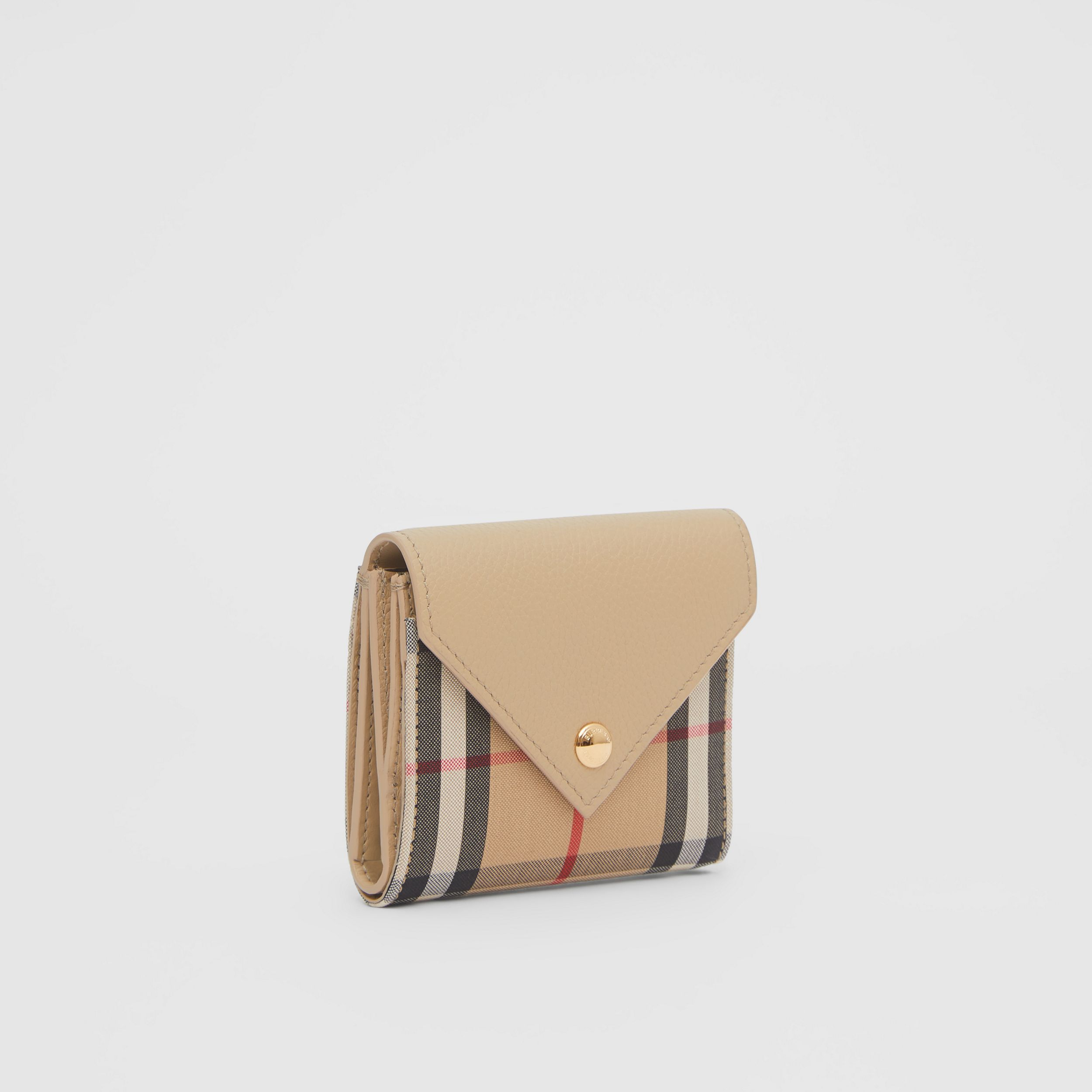 Vintage Check and Grainy Leather Folding Wallet in Light Beige - Women | Burberry Canada - 4