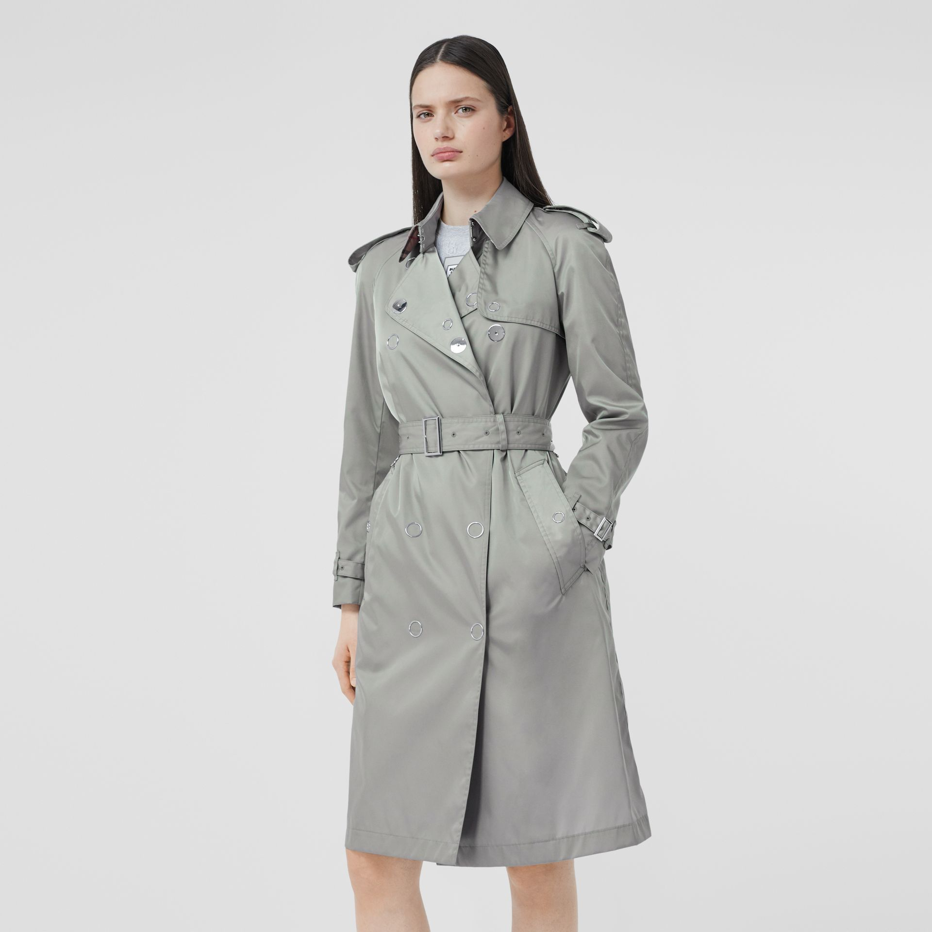 Press-stud Detail ECONYL® Trench Coat in Cloud Grey | Burberry - gallery image 0