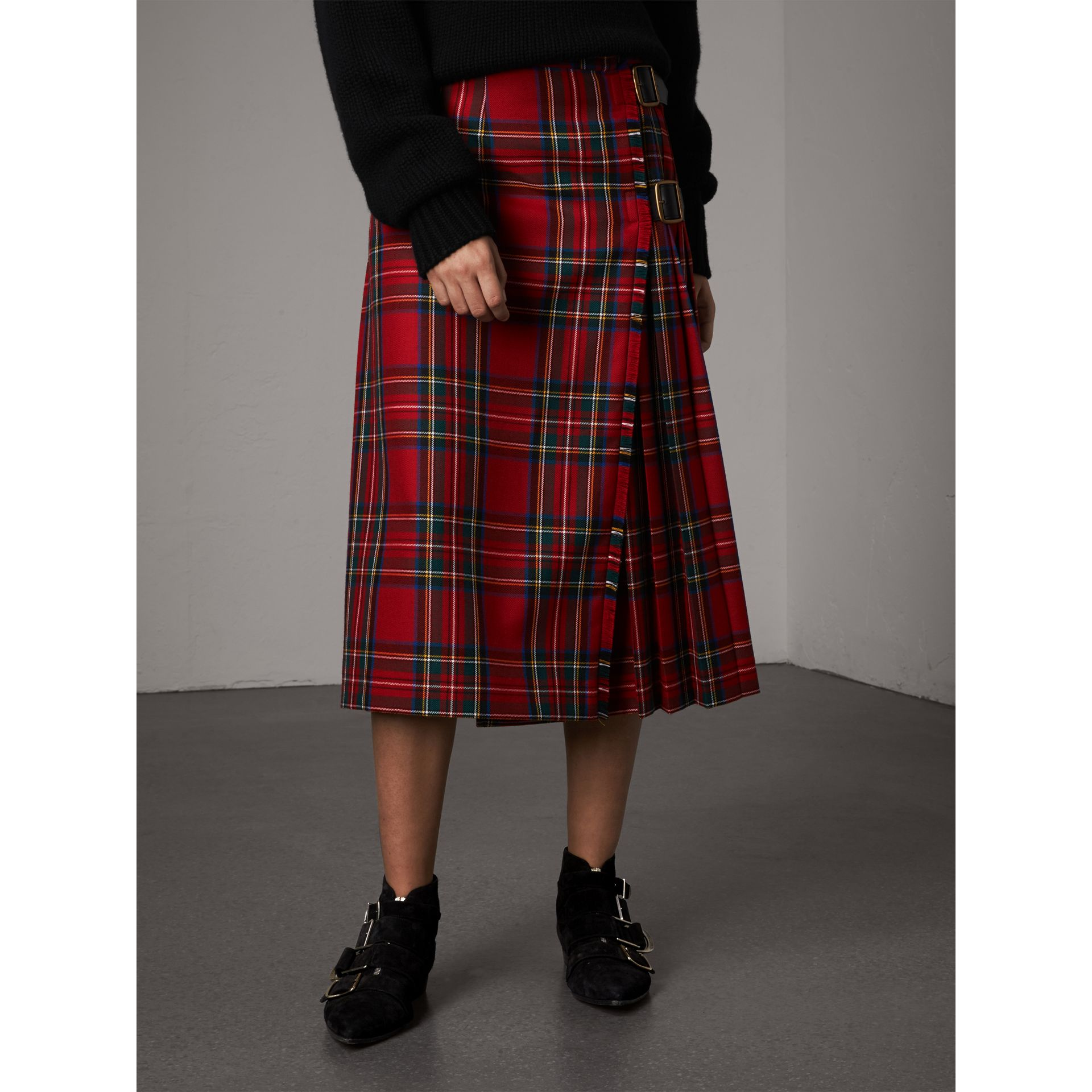Tartan Wool Kilt in Bright Red - Women | Burberry - gallery image 5