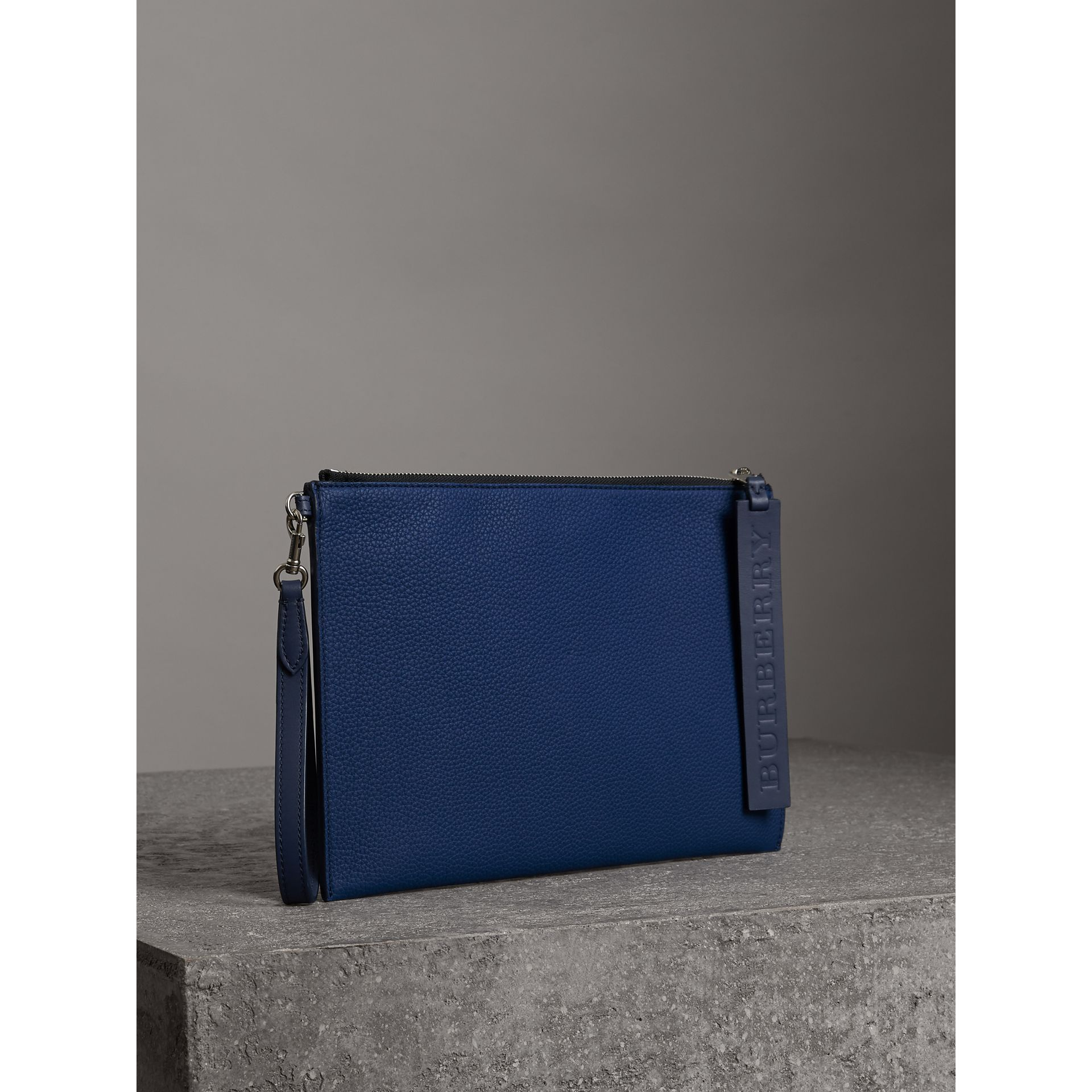 Grainy Leather Zip Pouch in Bright Ultramarine | Burberry United Kingdom - gallery image 5