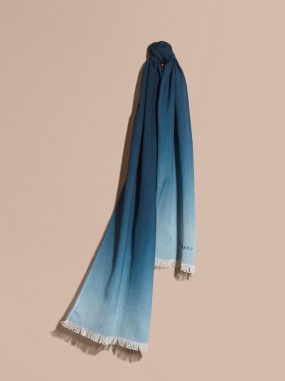 Leichter Schal aus Wolle und Kaschmir in Ombré-Optik