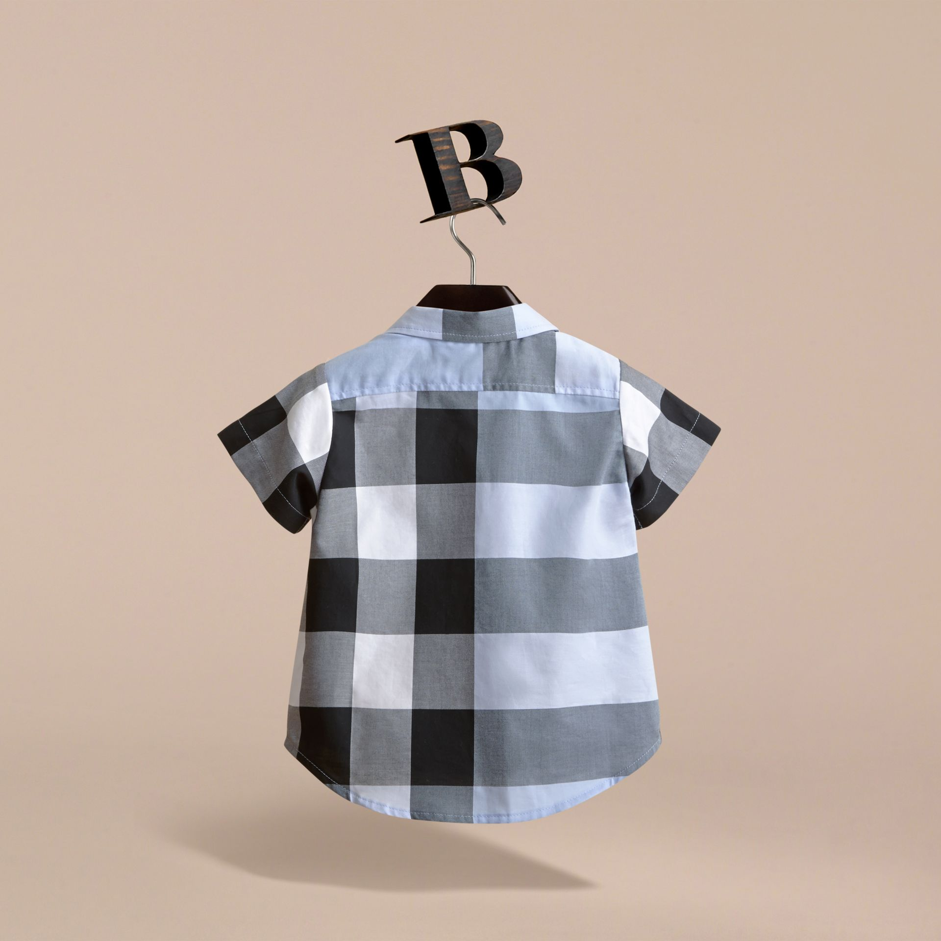 Short-sleeve Check Cotton Shirt in Cornflower Blue | Burberry - gallery image 4