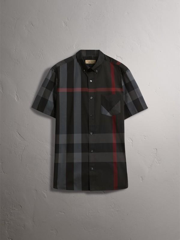 Camisa de algodão stretch com mangas curtas e estampa xadrez (Grafite) - Homens | Burberry - cell image 3