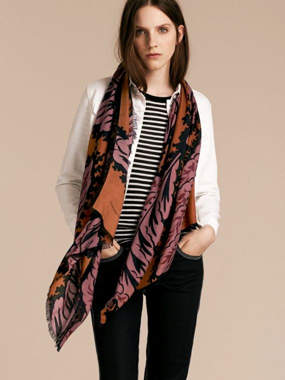 Bright toffee Leaf Print Cashmere Scarf Bright Toffee - cell image 2
