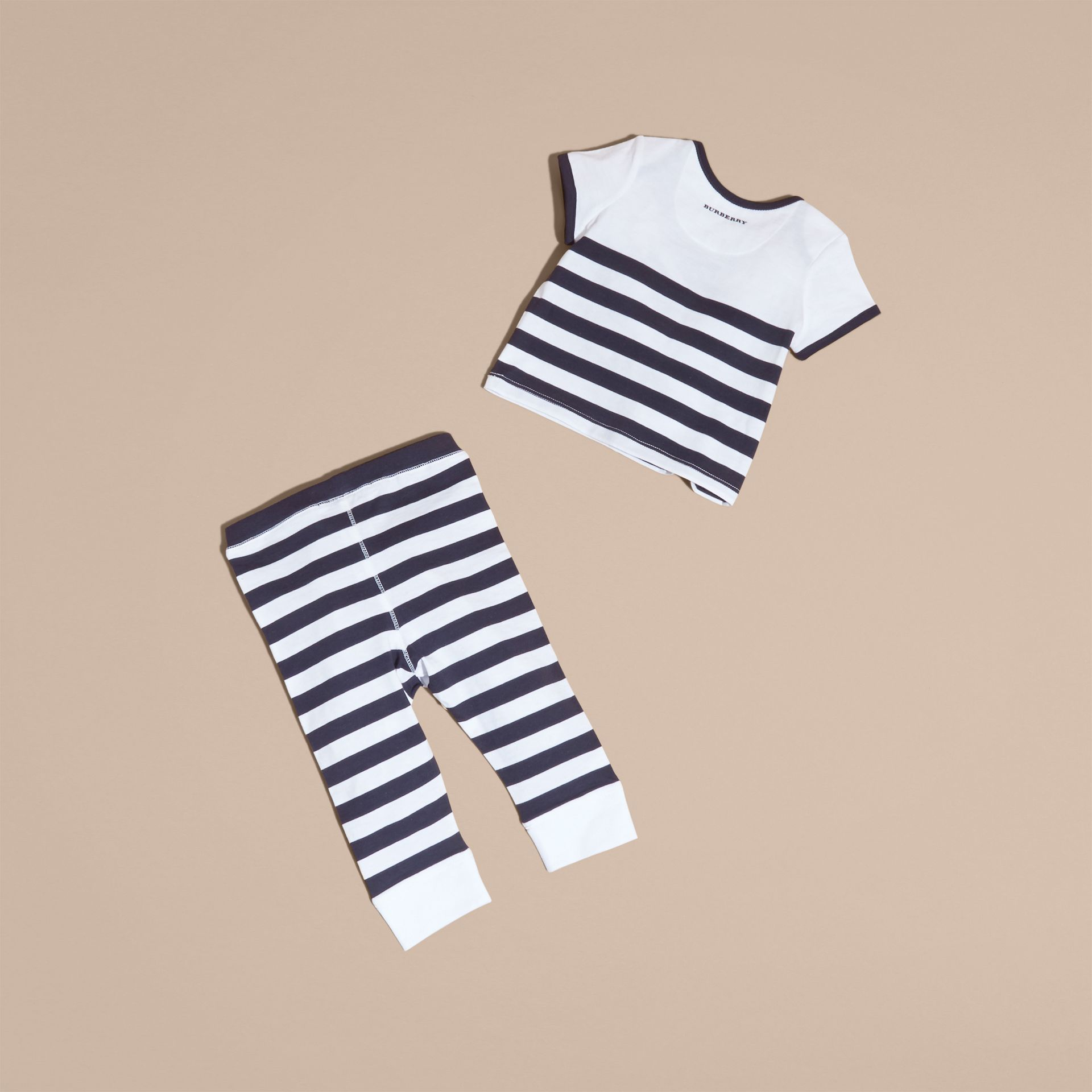 Striped Cotton Two-piece Baby Gift Set with Appliqué Navy - gallery image 3