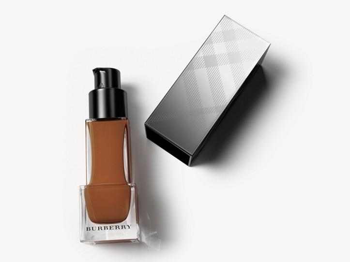 Fresh Glow Foundation Sunscreen Broad Spectrum SPF 12 – Chestnut No.60