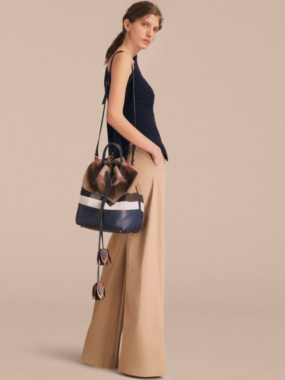 MEDIUM Canvas Check and Leather Bucket Bag in Brilliant Navy - Women | Burberry - cell image 3