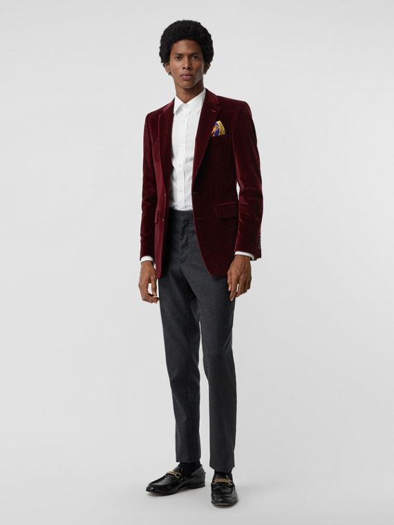 Classic Fit Velvet Tailored Jacket in Burgundy