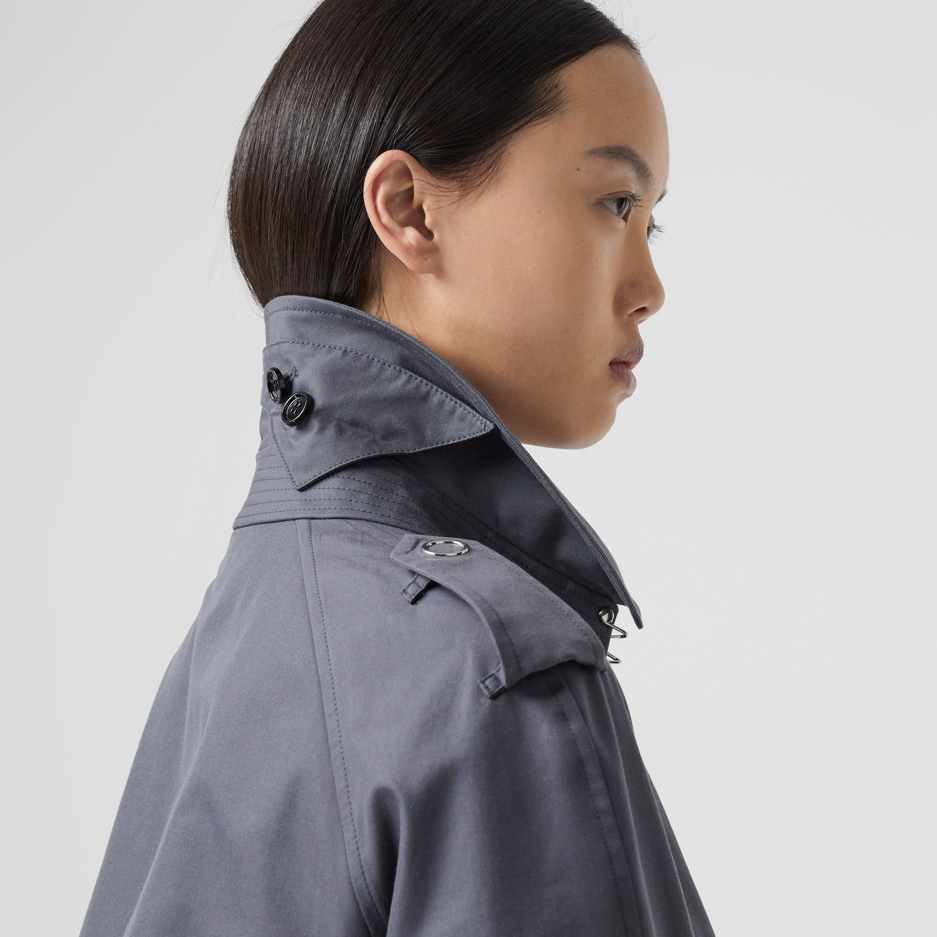 Horseferry Print Cotton Gabardine Trench Coat in Mid Grey - Women | Burberry Hong Kong S.A.R - gallery image 4