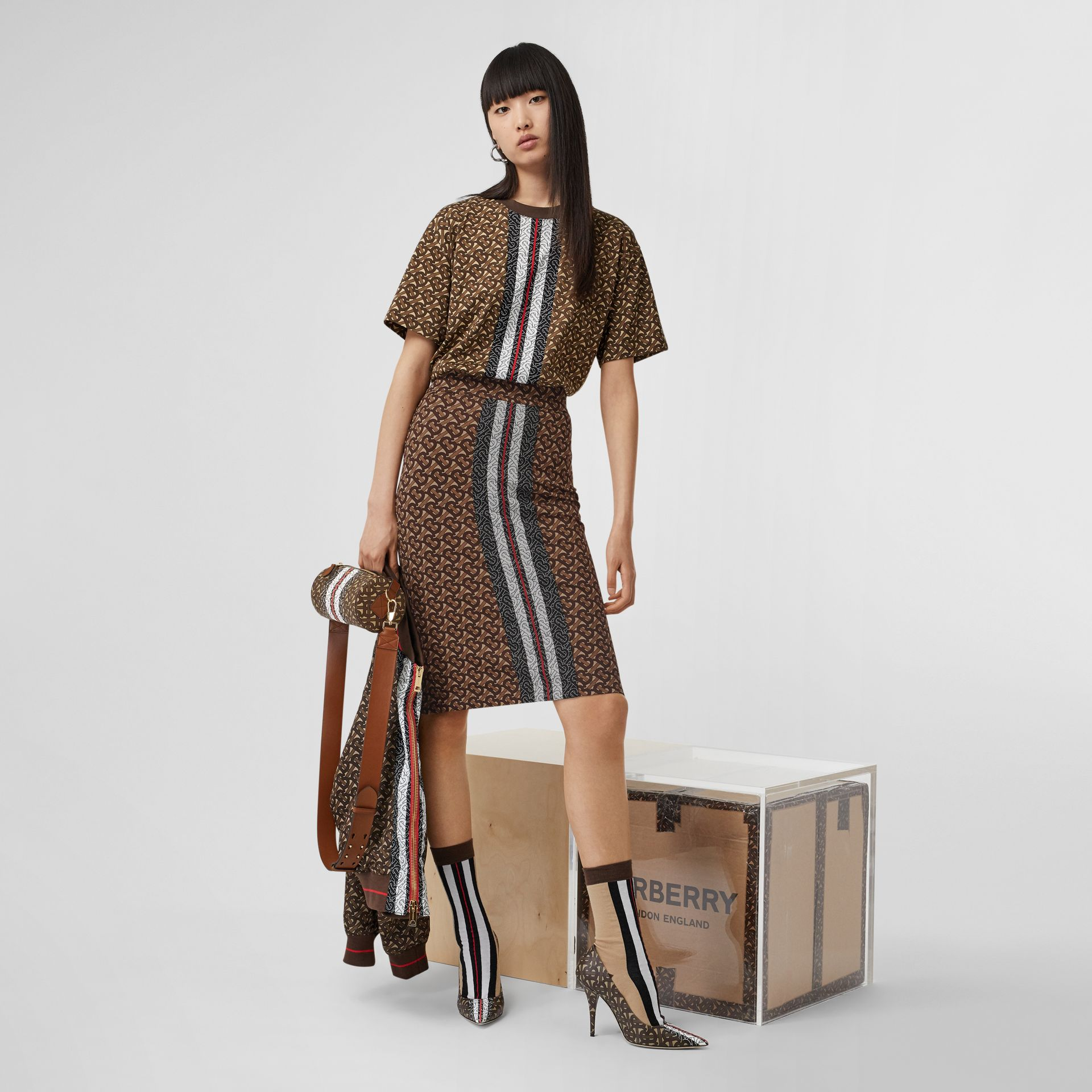 Monogram Stripe Print Cotton Oversized T-shirt in Bridle Brown - Women | Burberry Canada - gallery image 6