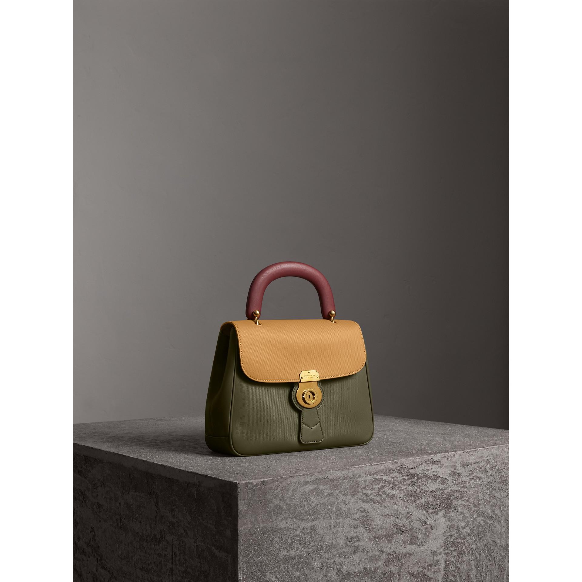 Bolsa de mão DK88 - Média (Verde Musgo/amarelo Ocre) - Mulheres | Burberry - galeria de imagens 7