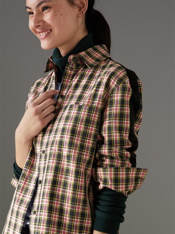 Camisa de seda e algodão xadrez com detalhe de listra (Rosa Coral Intenso)