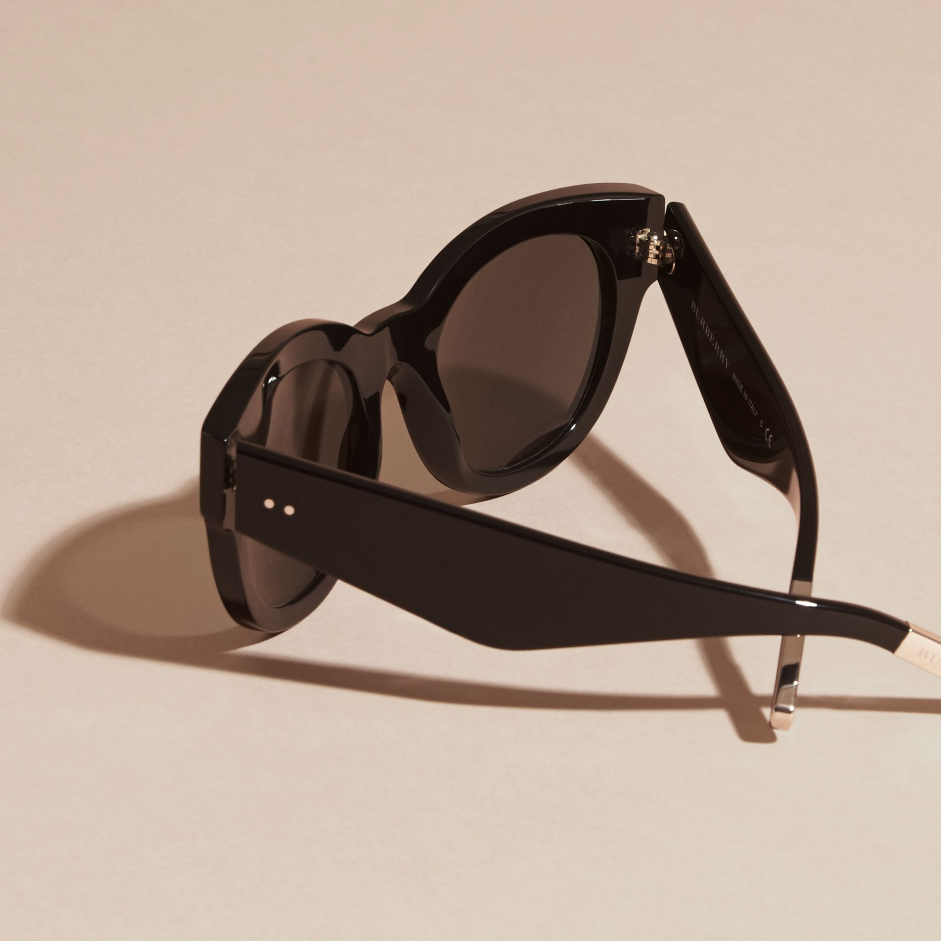 Black Cat-Eye Sunglasses Black - gallery image 4