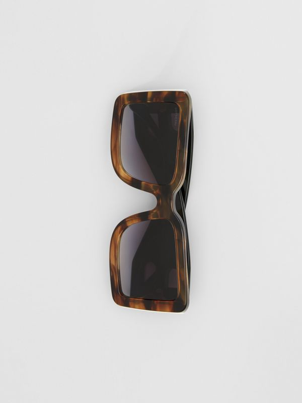 B Motif Square Frame Sunglasses in Tortoise Green - Women | Burberry Australia - cell image 3