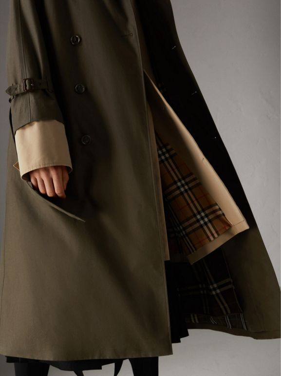 Trench coat in gabardine tropicale (Verde Cachi Scuro) | Burberry - cell image 1