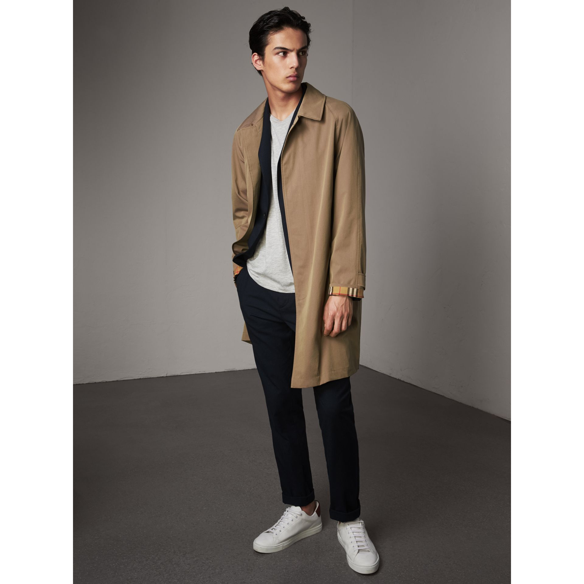 The Camden – Long Car Coat in Taupe Brown - Men | Burberry United Kingdom - gallery image 1