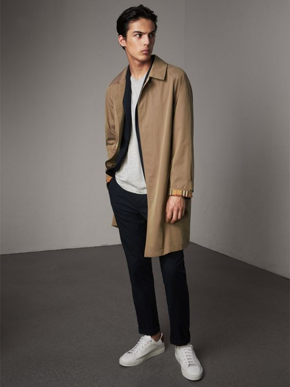 The Camden – Long Car Coat in Taupe Brown - Men | Burberry