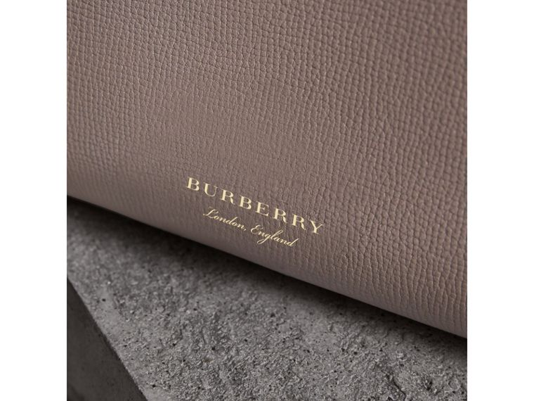 Sac The Banner medium en cuir et coton House check (Gris Chardon) - Femme | Burberry - cell image 1