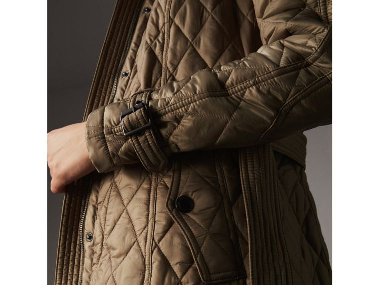 Quilted Trench Jacket with Detachable Hood in Pale Fawn - Women | Burberry Australia - cell image 4
