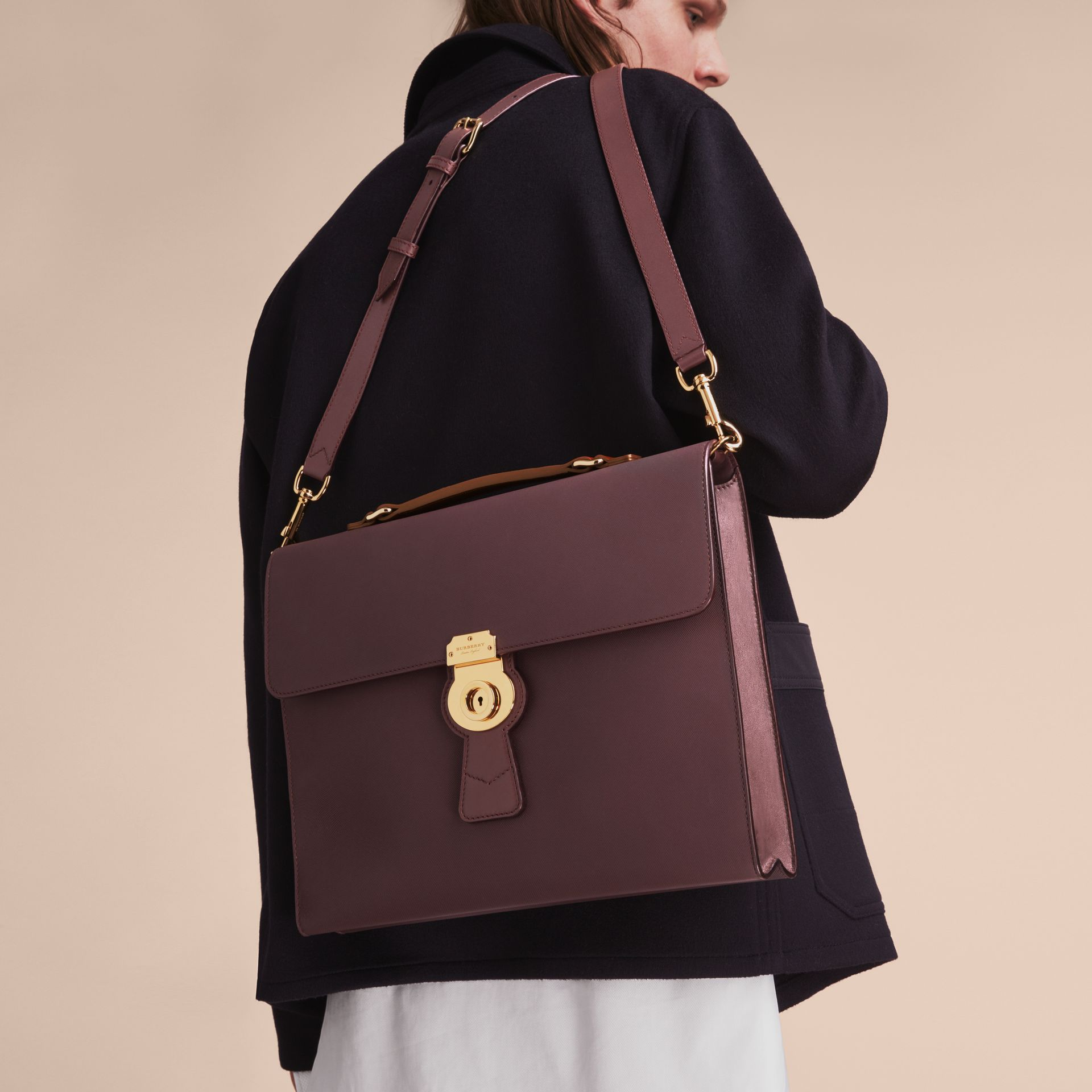 The DK88 Document Case Wine - gallery image 5
