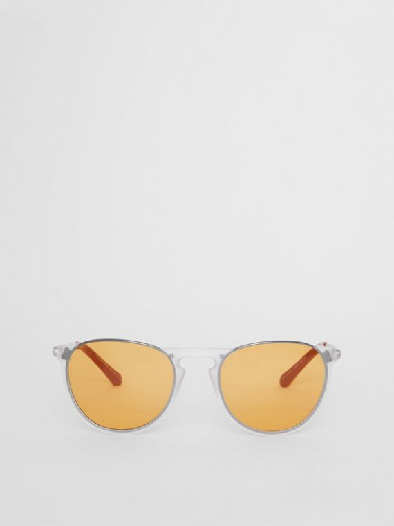 Keyhole Pilot Round Frame Sunglasses in Crystal