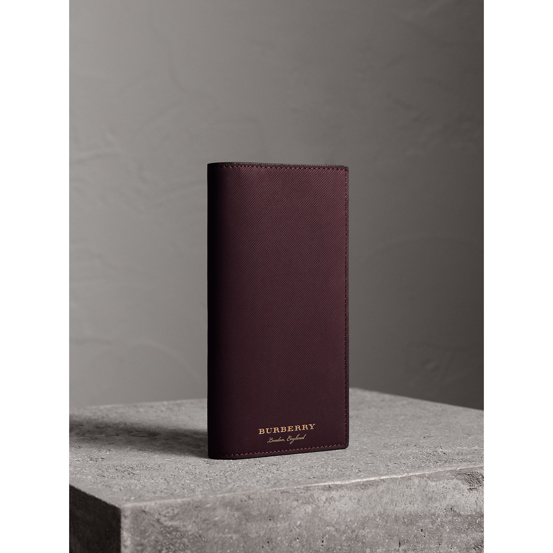Trench Leather Continental Wallet in Wine - Men | Burberry Canada - gallery image 1