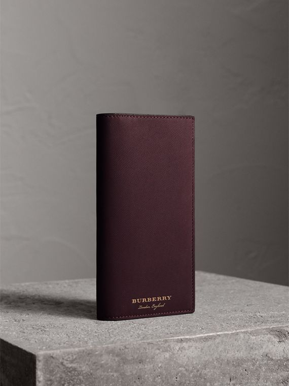 Trench Leather Continental Wallet in Wine