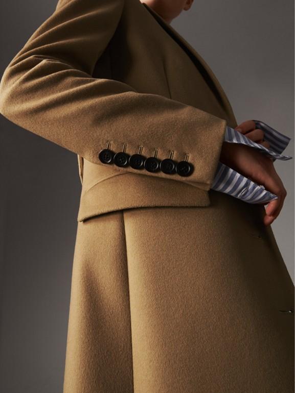 Casaco de alfaiataria de lã e cashmere (Camel) - Mulheres | Burberry - cell image 1