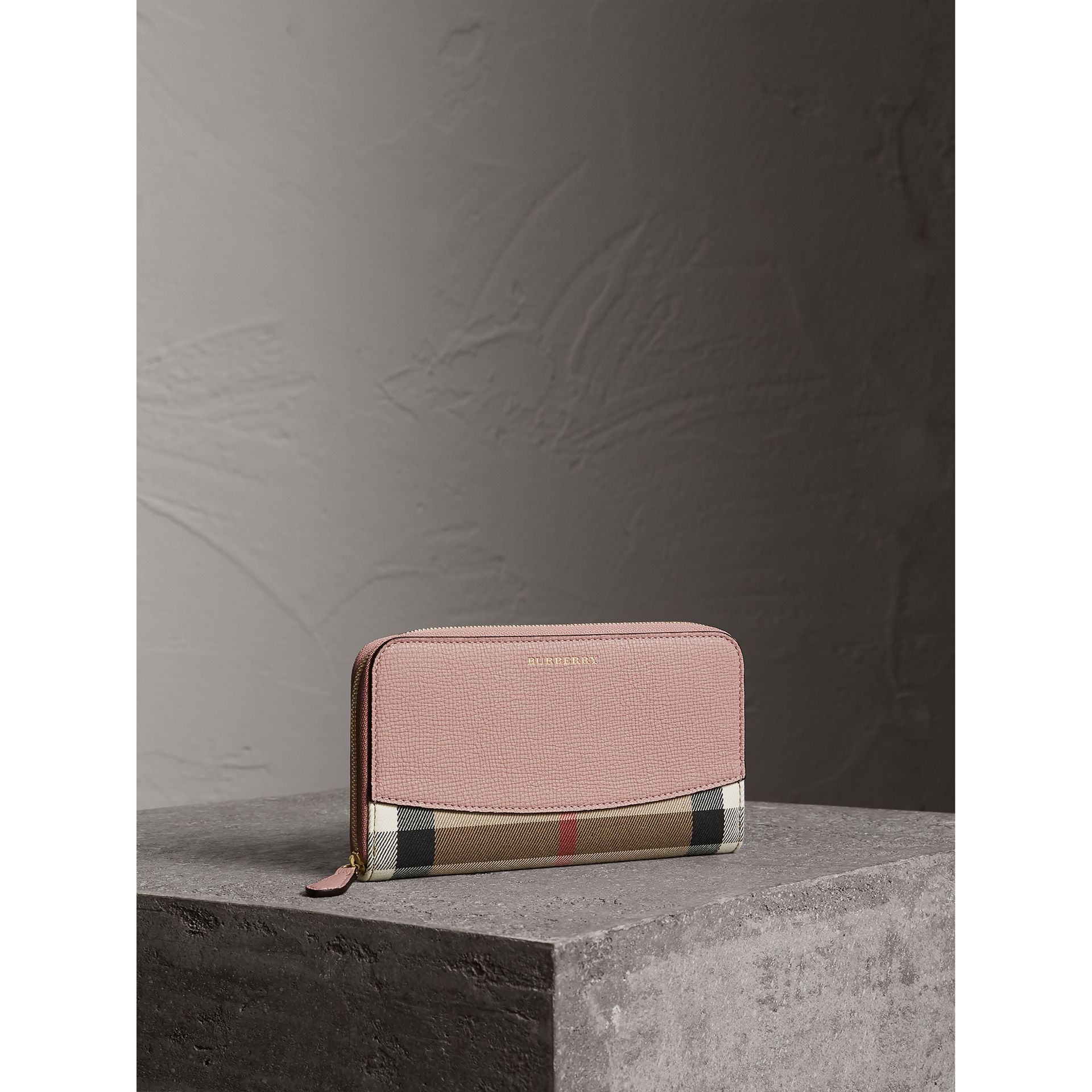 House Check and Leather Ziparound Wallet in Pale Orchid - Women | Burberry Hong Kong - gallery image 1