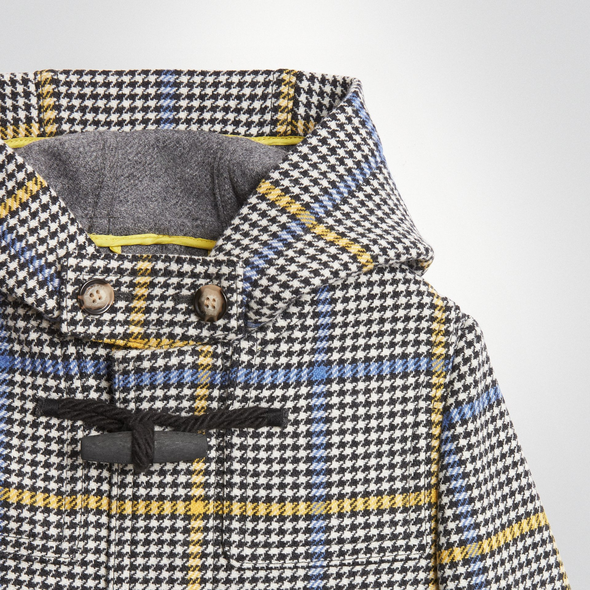 Houndstooth Check Wool Cashmere Duffle Coat in Parchment | Burberry - gallery image 4