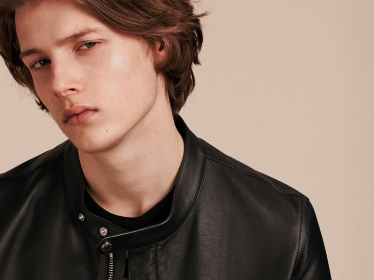 Черный Байкерская куртка из кожи ягненка - cell image 4